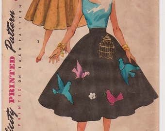 1950s Misses Applique Trim Skirt Vintage Sewing Pattern - Simplicity 4884 - Waist 28, Hip 37, Complete with Transfer