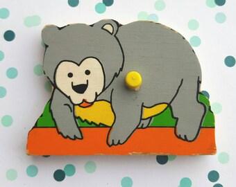 Vintage puzzle piece magnet / Bear/ magnet/ Ravensburger  magnet