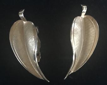 Giovanni Goldtone Clip On Earrings