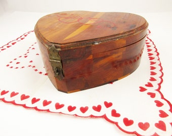 1940s 'Vintage Valentine Box' - Varnished Cedar Box in the Shape of a Heart - Stash and Store - Gift Box - Trinket Box With Mirror