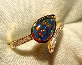 Opal Ring Ladies 14ct Yellow Gold & Diamond 9X6MM Teardrop Shape Triplet. item 100874.