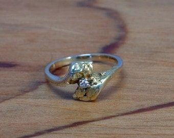 DEADsy LAST GASP SALE Vintage Antique .03ct Diamond Engagement Yellow Gold Nugget Ring