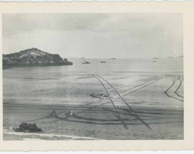 Vintage Snapshot Photo: Beach Tracks, Abstract c1940s (69500)