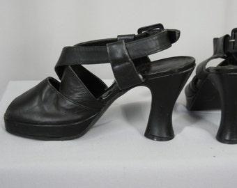 80s platform black leather Italian shoes size 37