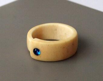 Antler ring, Size 6 US, Inlaid Swarovski crystal, Elk antler ring, Blue ring, Blue wedding ring, Blue band ring, Bone ring, Bone jewelry