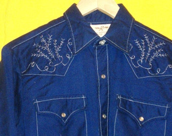 Vintage Navy Blue Western Cowboy Shirt with Silver Hand Embroidery on Yoke and Cuffs, Pearl Snaps, Permanent Press, Size 15 1/2, 32