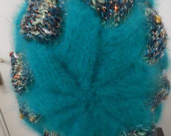 Bonnet tricoté main - EMERAUDE - point d'entrelacs - création Misty Tuss Tricote
