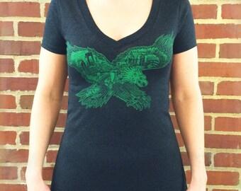 FREE SHIPPING Philadelphia Eagle -- Paul Carpenter Art -- Women's Philly Artist Print V-Neck Tee Shirt