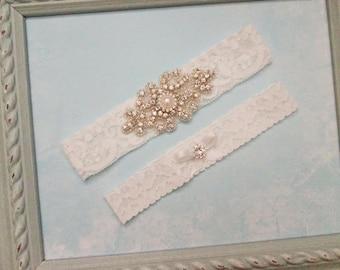 Vintage Wedding Garter Set, Bridal Garter and Toss Garter, High Quality Rhinestones, Stretch Lace garter, Crystal or Pearl center