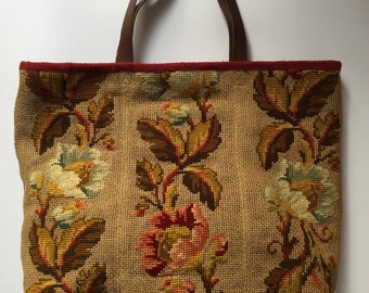 Super, extrordinary vintage cross stitch fabric, tote bag.  Lined with vintage dyed chilli red linen-hemp and italian leather straps