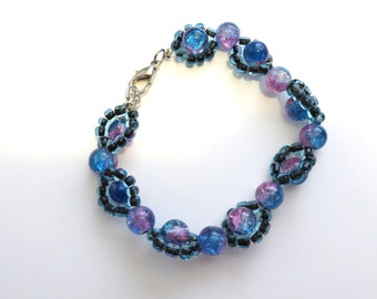 Weaved blue bracelet