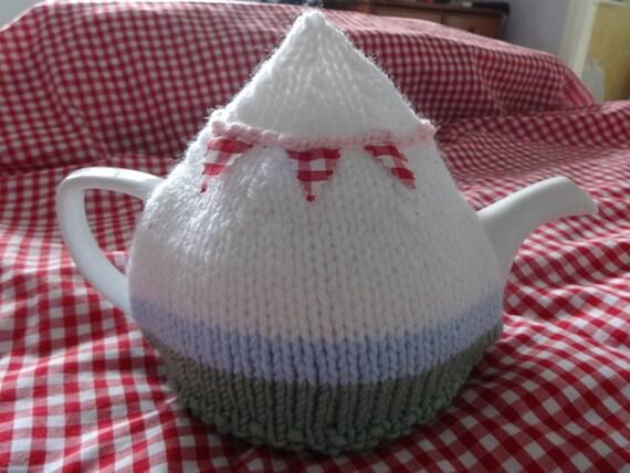 Caravan Knitting Pattern : Caravan tea cosy cozy knitting pattern pdf, camping retro vintage knitting ea...
