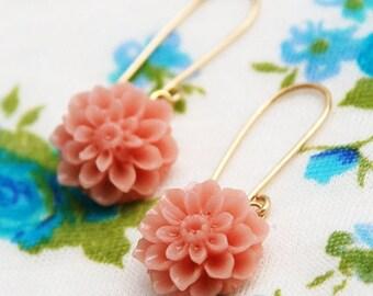 Coral flower earrings, pink flower earrings, gold flower earrings, chrysanthemum earrings, peach color, large flower