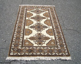 1970s Hand-Knotted Ferdows Persian Rug (3016)