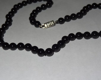 Hand Crafted 8 mm Black Onyx Beaded Necklace 18 Inches