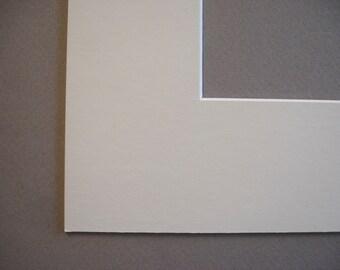 11 x 14 soft creamy white picture photo art craft mat smooth
