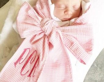 Baby swaddle blanket, swaddle blanket, bow sash blanket, swaddle with seersucker bow