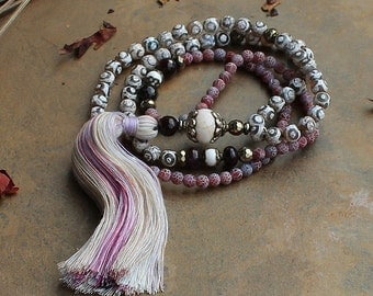 Beautiful frosted agate - faceted agate gemstone mala necklace