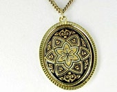 Vintage Damascene Pendant Necklace with star design black gold tone collectible jewelry