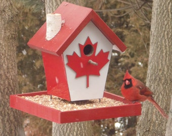 Canadian Bird Feeder