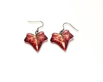 Autumn ivy earrings, transparent. Comes in a gift box.