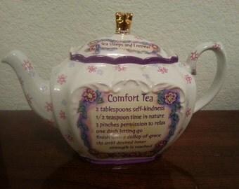 Papel Giftware - Comfort Queens - Comfort Tea Teapot