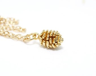 Pine Cone Necklace, Gold Charm Necklace, Fall Necklace, Autumn Style, Rustic Necklace, Christmas Gift, Gold Pine Cone Jewelry, Fall Jewelry