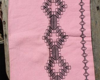 Retro Kitchen Towel, Vintage Pink And Black Kitchen Towel, Pink Towel Black  Design,