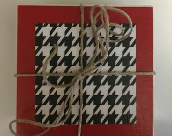 Houndstooth Coasters..Ceramic Tile Coasters..Decoupage Coasters..Set of 4..Gift