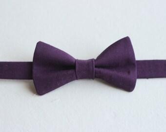 Boys Eggplant Bow Tie -  Toddler Purple Bow Tie, Purple Baby Bow Tie, Little Boys Bow Tie, Eggplant Toddler Bow Tie, Toddler Boys Bow Tie