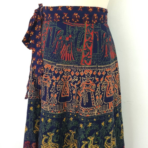 Vintage maxi skirt Indian cotton long wrap skirt navy block print novelty border print 1970s made in India UK 10