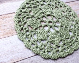 Knit doily (green)