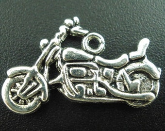 2 silver motorcycle trailer, 24 x 14 mm