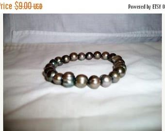 SHOP4FUN olive green freshwater pearl stretch bracelet