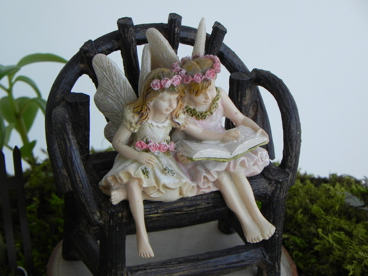 Fairy garden figurine miniature reading fairy sister friends for Fairy garden figurines