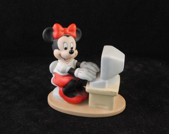 Minnie Mouse at the computer figurine