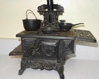 Mini Cast Iron Stove, Range with Pots