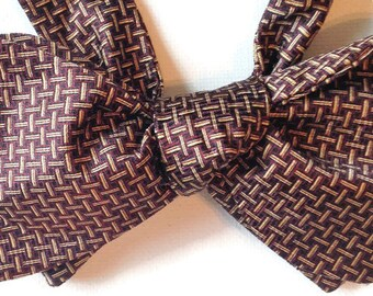 Silk Bow Tie for Men - English - One-of-a-Kind, Handtailored, Sel-tie - Free Shipping