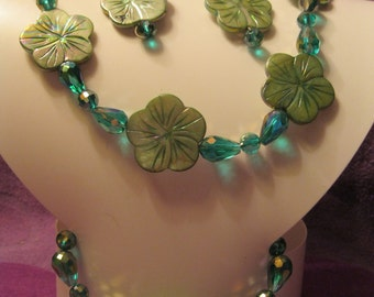 Green MOTHER of PEARL Flowers with BLUE/Green Irridence Beads