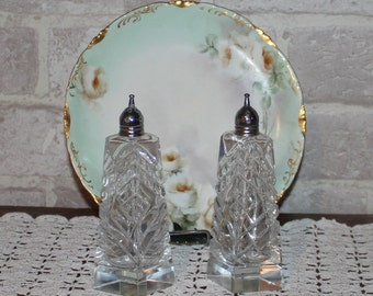 Pressed glass salt and pepper shakers, Victorian tall salt and pepper, elegant salt and pepper shakers, trapezoid shape salt and pepper