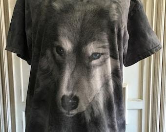 The Mountain Wolf Print Gray and Blue Tye Dye Style Tshirt// Women's Size Large