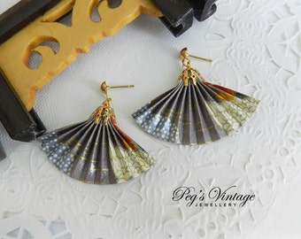Vintage Oriental Asian Fan Earrings, Plastic Fan Earrings