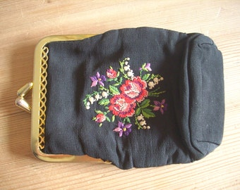 Vintage 1950s black cigarette case w. petit point flowers