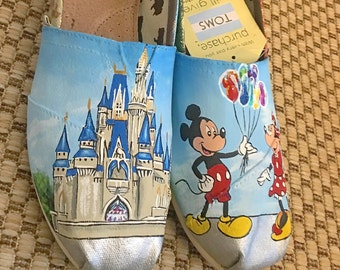 Hand Painted Disneyland/Disneyworld Toms
