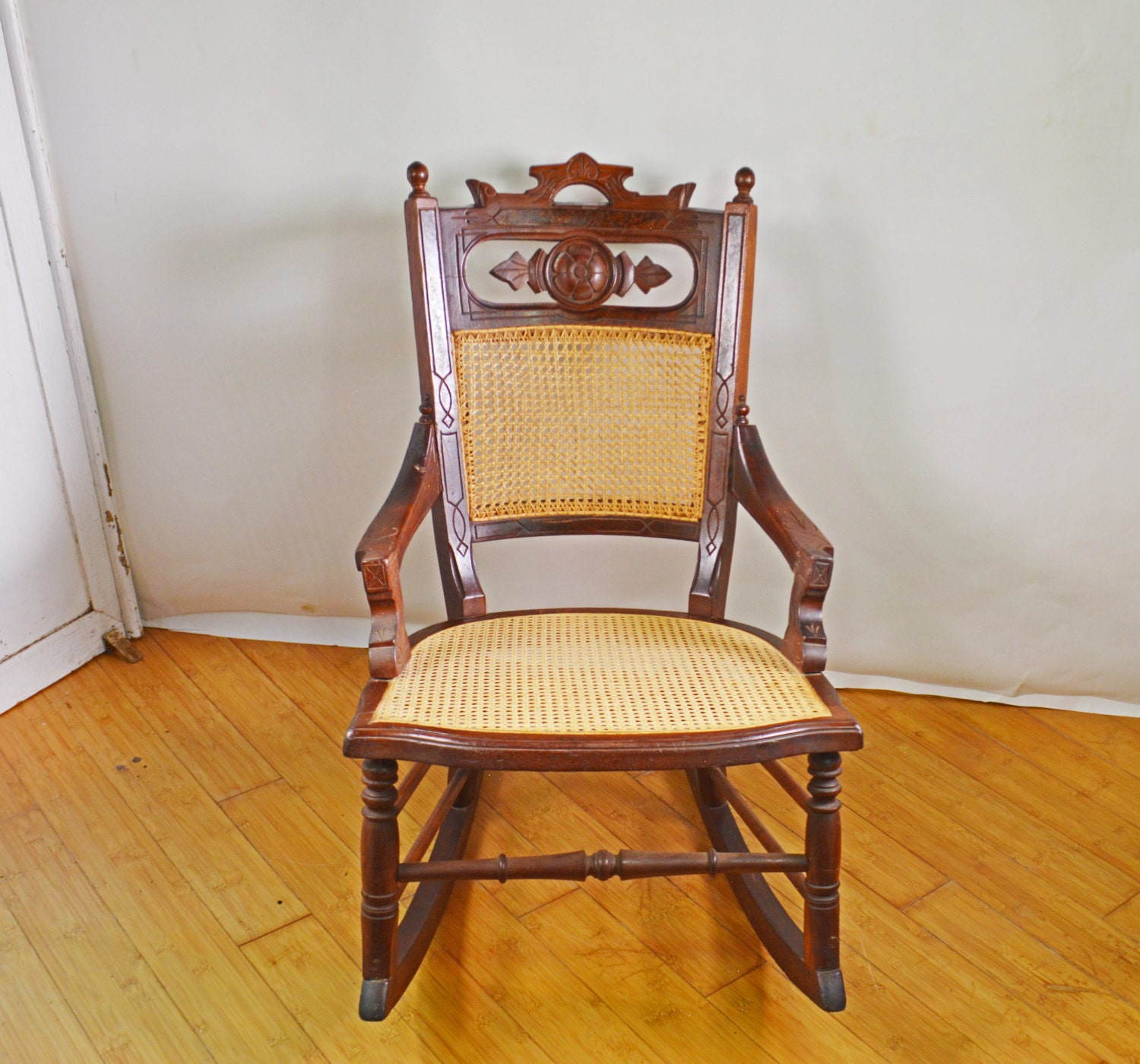 antique rocking chair wood rocking chair rare cane chair. Black Bedroom Furniture Sets. Home Design Ideas