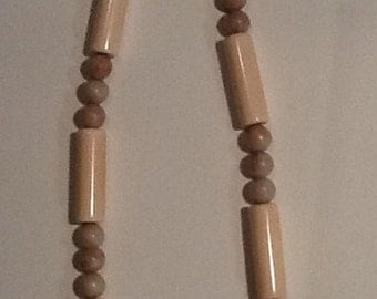 Necklace cream  lucite and glass beads