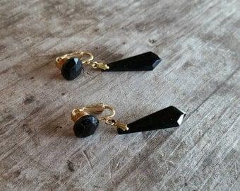 Classy Vintage Black Faceted Glass Drop Earrings