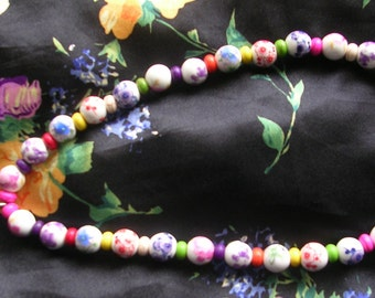 Painted Ceramic Beads Necklace