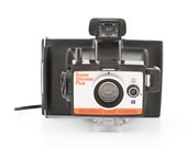 POLAROID Land Camera Super Shooter Plus - uses fuji FP100c or FP3000b pack film