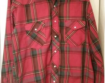 Men's red wrangler shirt (L)